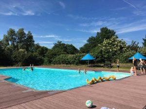Zwembad jachthaven Marina Makkum